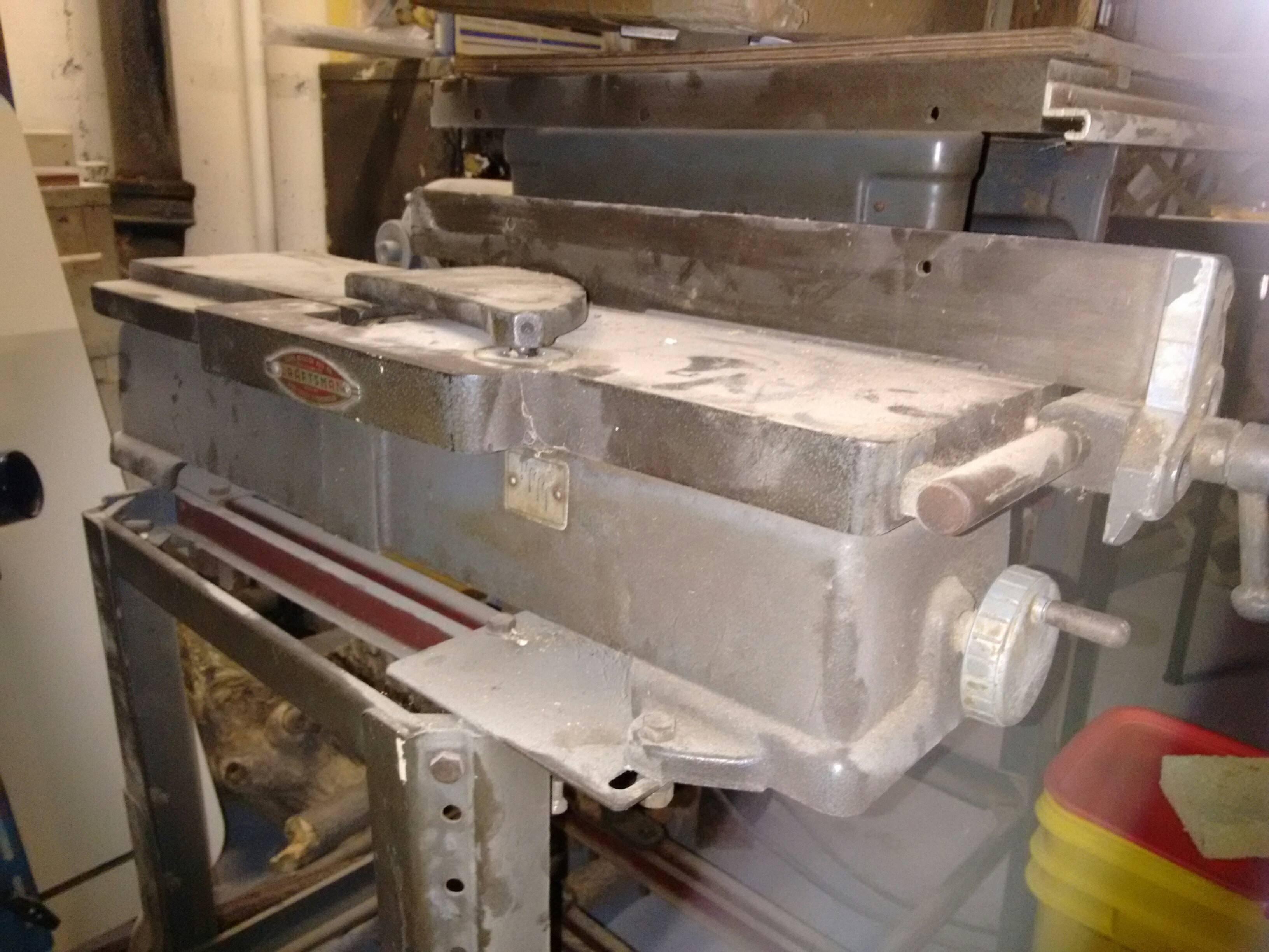 Craftsman bench jointer